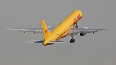 VH-TCA - Boeing 757-236(PCF) - DHL (Tasman Cargo Airlines)