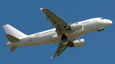 UR-CQG - Airbus A319-112 - Dart