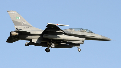 90614 - General Dynamics F-16BM Fighting Falcon - Pakistan - Air Force