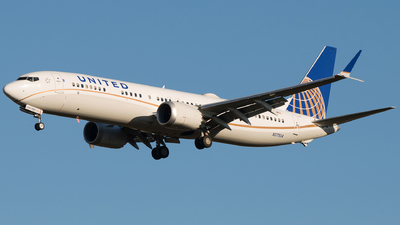 N37504 - Boeing 737-9 MAX - United Airlines