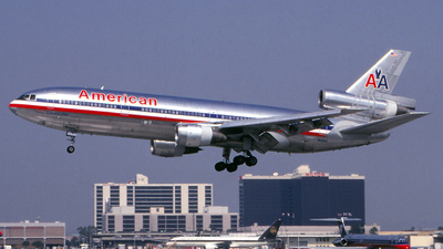 N145AA - McDonnell Douglas DC-10-10 - American Airlines