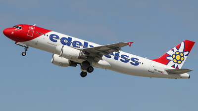 A picture of HBIHX - Airbus A320214 - Edelweiss Air - © Jan Born Photography