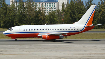 N252TR - Boeing 737-228(Adv) - Private