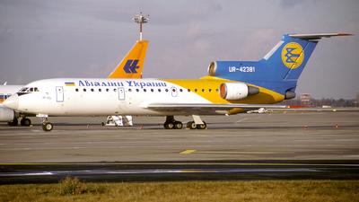 UR-42381 - Yakovlev Yak-42D - Air Ukraine