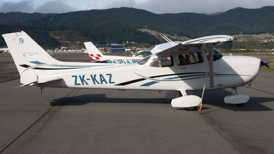 ZK-KAZ - Cessna 172S Skyhawk SP - Kapiti Districts Aero Club