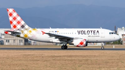 EC-NGL - Airbus A319-112 - Volotea