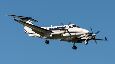 A picture of VHOXF - Beech 300 Super King Air 350 - [FL753] - © Josh