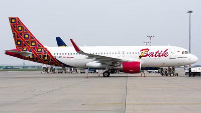 OE-LCB - Airbus A320-214 - Batik Air