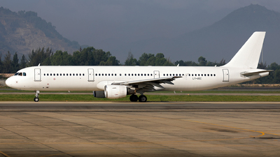 LY-VEC - Airbus A321-211 - Avion Express