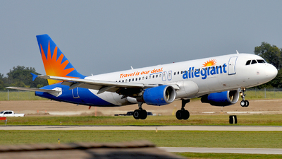 N221NV - Airbus A320-214 - Allegiant Air