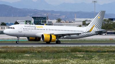 EC-NAZ - Airbus A320-271N - Vueling