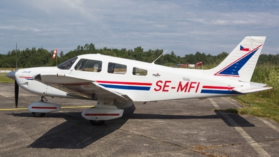 SE-MFI - Piper PA-28-181 Archer III - Private