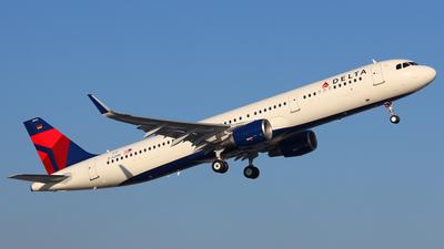 D-AZAM - Airbus A321-211 - Delta Air Lines