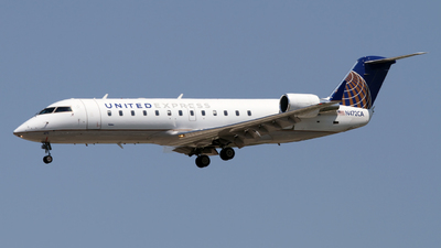 N472CA - Bombardier CRJ-200ER - United Express (SkyWest Airlines)