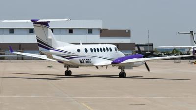 N378BG - Beechcraft B300 King Air 350 - Private
