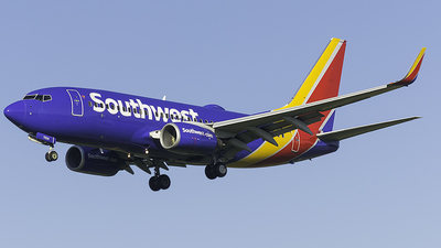 N7830A - Boeing 737-7L9 - Southwest Airlines