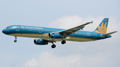 VN-A350 - Airbus A321-231 - Vietnam Airlines