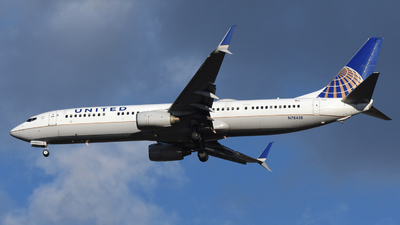 A picture of N78438 - Boeing 737924(ER) - United Airlines - © DJ Reed - OPShots Photo Team