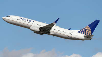 N77538 - Boeing 737-824 - United Airlines