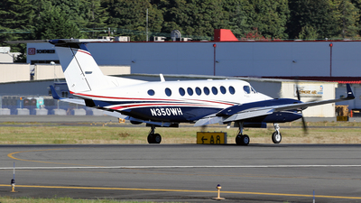 N350WH - Beechcraft B300 King Air 350 - Private