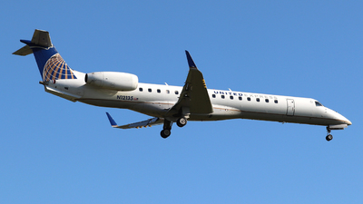 N12135 - Embraer ERJ-145LR - United Express (ExpressJet Airlines)
