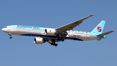HL8010 - Boeing 777-3B5ER - Korean Air