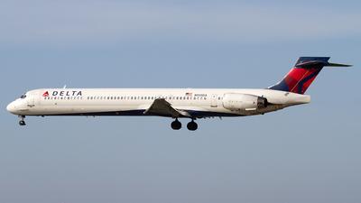 N905DA - McDonnell Douglas MD-90-30 - Delta Air Lines