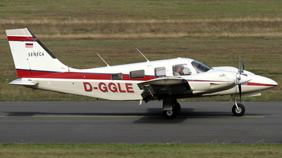 D-GGLE - Piper PA-34-220T Seneca V - Private