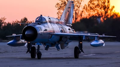 5788 - Mikoyan-Gurevich MiG-21MF Lancer C - Romania - Air Force