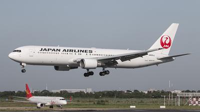 JA651J - Boeing 767-346(ER) - Japan Airlines (JAL)