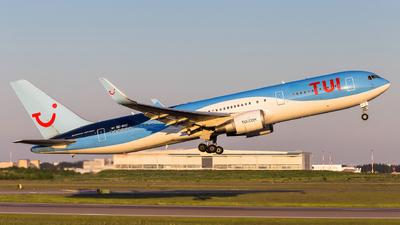 SE-RNC - Boeing 767-304(ER) - TUI