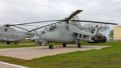 02 - Mil Mi-24V Hind E - Kazakhstan - Air Force