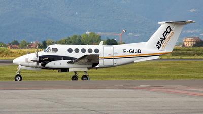 A picture of FGIJB - Beech 200 Super King Air - [BB13] - © Mario Alberto Ravasio - AviationphotoBGY