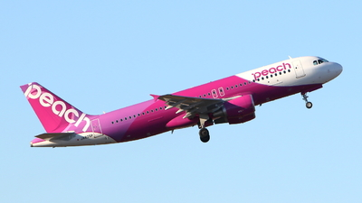 JA825P - Airbus A320-214 - Peach Aviation