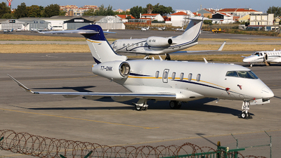 T7-DNK - Bombardier BD-100-1A10 Challenger 350 - Private