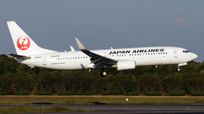 JA315J - Boeing 737-846 - Japan Airlines (JAL)