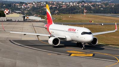 A picture of ECMXU - Airbus A320251N - Iberia - © Yago Ortiz