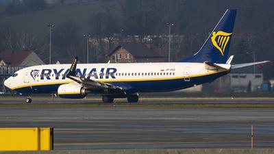 A picture of SPRSG - Boeing 7378AS - Ryanair - © KonradWyszynski
