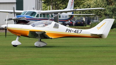 A picture of PH4E7 - Aerospool WT9 Dynamic - [DY318/2009] - © Jeroen Stroes