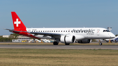 A picture of HBAZB - Embraer E190E2 - Helvetic Airways - © Robert Dumitrescu
