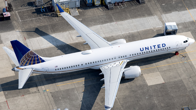 N1800B - Boeing 737-9 MAX - United Airlines