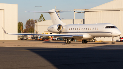 VH-OFX - Bombardier BD-700-1A10 Global 6000	 - Australian Corporate Jet Centres