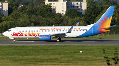 A picture of GGDFU - Boeing 7378K5 - Jet2 - © Dan Smith