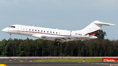 CS-GLB - Bombardier BD-700-1A10 Global 6000 - NetJets Europe