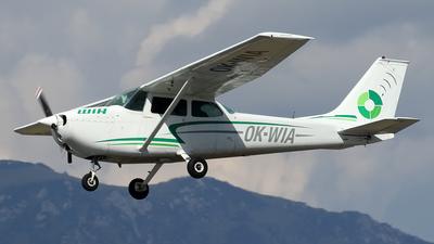 A picture of OKWIA - Cessna 172K Skyhawk - [17259253] - © Borut