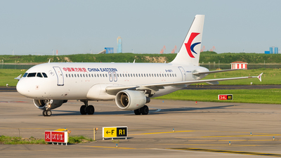 B-6871 - Airbus A320-214 - China Eastern Airlines
