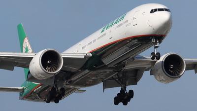 A picture of B16727 - Boeing 77735E(ER) - EVA Air - © CHA CHA