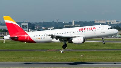 A picture of ECILS - Airbus A320214 - Iberia - © Justin Fontugne