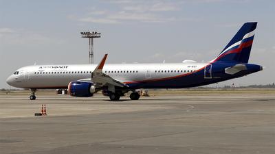 A picture of VPBXT - Airbus A321251NX - Aeroflot - © Ulik Zhakypov
