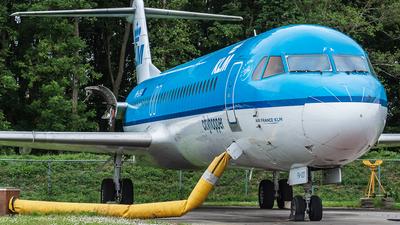 PH-OFA - Fokker 100 - KLM Cityhopper